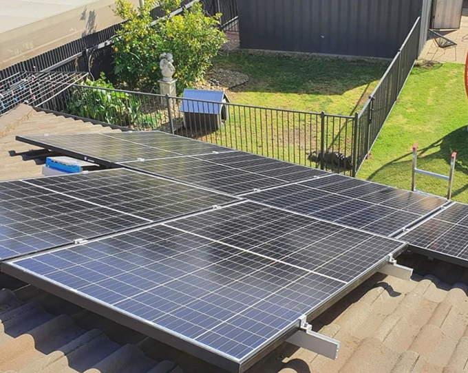 Instalación de placas solares en Quart de Poblet