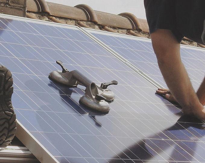 Instalar placas solares en Oliva