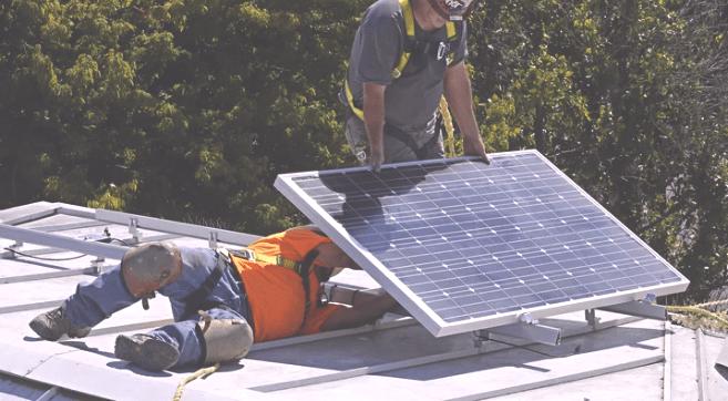 servicio de instalación de placas solares en Paterna - SOLARINSTALA