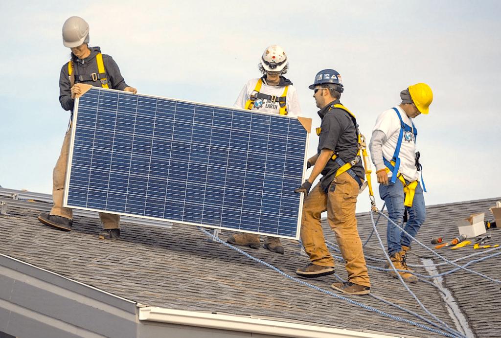 Instalación de placas solares en Paterna
