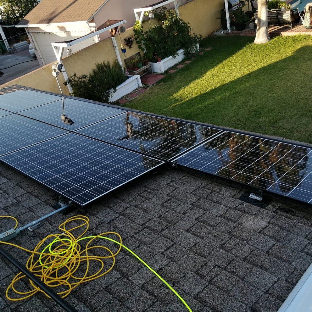 Servicio de instalación de placas solares en Torrent - SOLARINSTALA